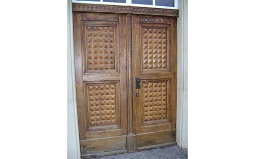 Original door of synagogue